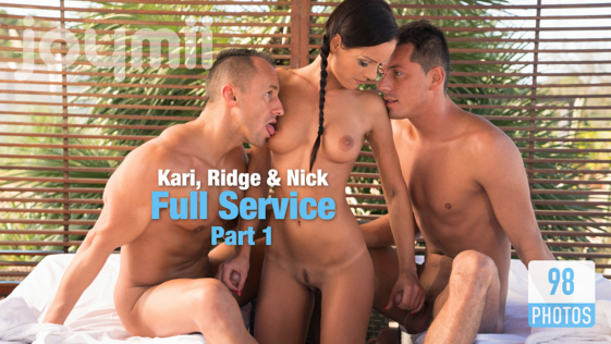Joymii_presents_photos_Kari_and_Nick_R._and_Ridge_Full_Service_Part_1.png