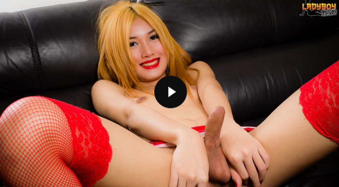 LadyBoy_Beautiful_Fossy_Cums_For_You.png