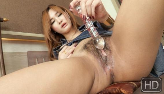LadyboyPussy_Vicky_Denim_Skirt_Heart_Glass_Toy.png