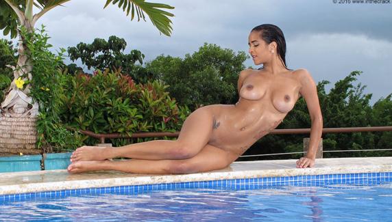InTheCrack_-_E1126_-_Abby_Lee_Brazil_-_She_wet_her_Shelf_+_Dusky_and_Snatch.png