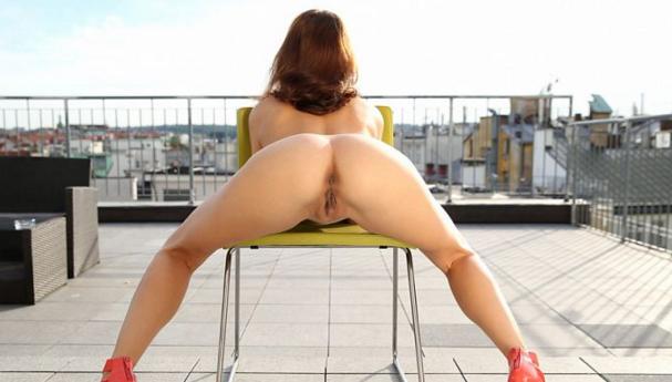 Nubiles_-_Antonia_Sainz_-_2v_Roof_Top_Fingering.png