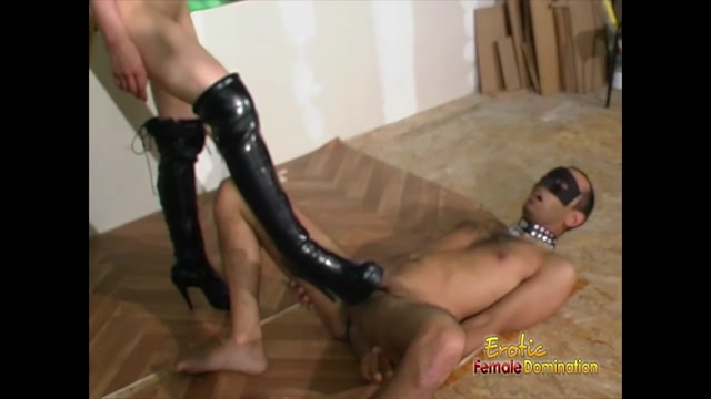 EroticFemaleDomination_-_Perverted_French_Mistress_Shows_Her_Slave_A_Little_Love.00014.jpg