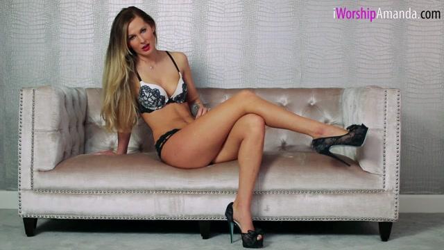 Goddess_Amanda_-_Devotion_to_My_Bare_Legs.00006.jpg