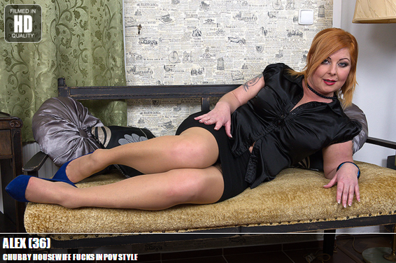 Mature.nl_-_Alex_(36)_-_Mat-ProfPOV027_-_Chubby_Housewife_Fucks_In_POV_Style.png