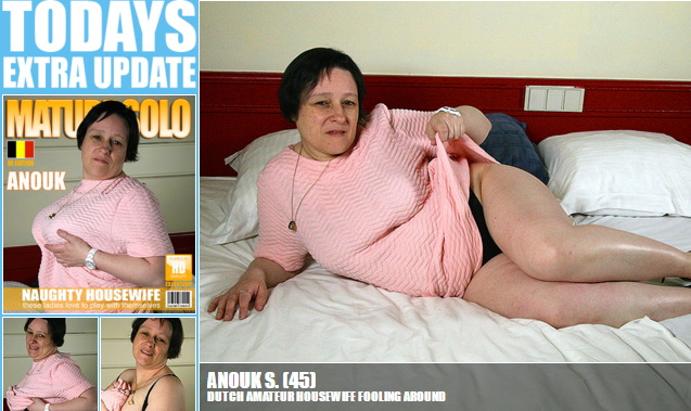 Mature.nl_-_Anouk_S._(45)_-_Dutch_amateur_housewife_fooling_around.png