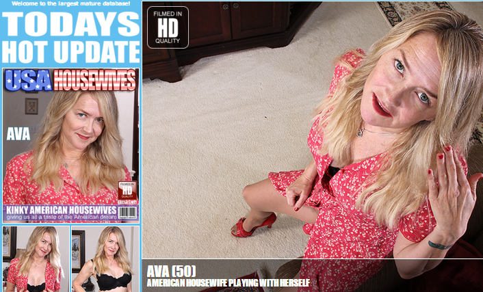 Mature.nl_-_Ava_(50)_-_American_housewife_playing_with_herself.png