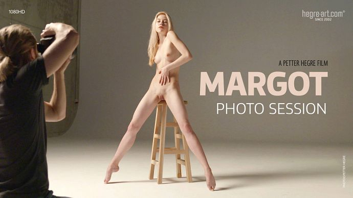 Margot_-_Photo_Session_b.jpg